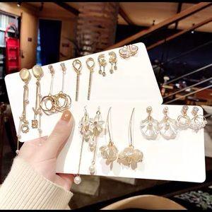 5-10 pairs of earrings surprise bags
